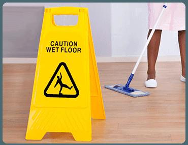 Limpieza de pisos en Palacio