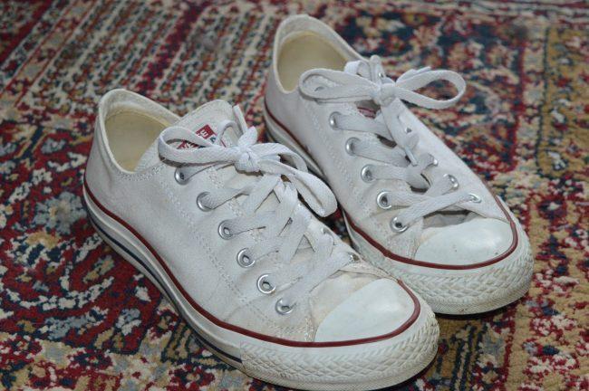 Cómo limpiar converse blancas