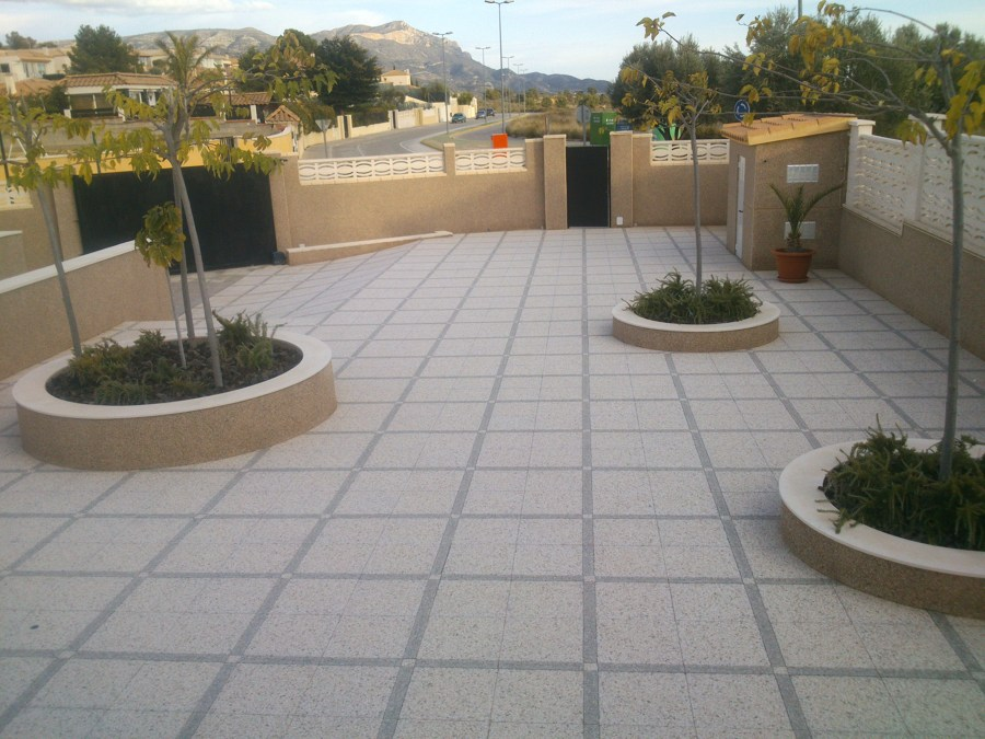 Cómo limpiar el suelo de terrazo exterior